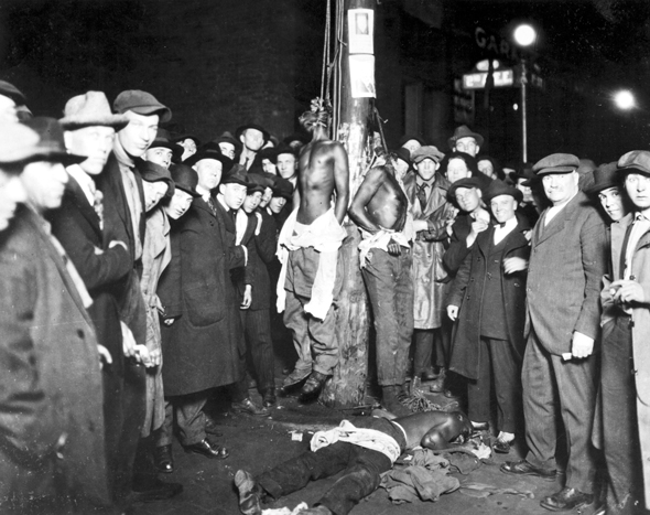 Strange-Fruit_white-lynching-party